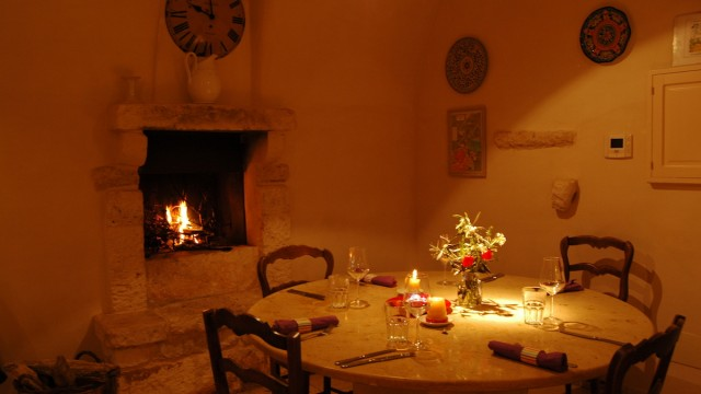 kichen table and fire
